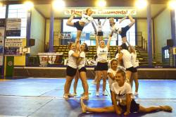 Animations et compétitions en cascades pour les « Lightnings Cheerleaders »